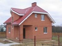 Кирпичные дома: покупка или строительство?